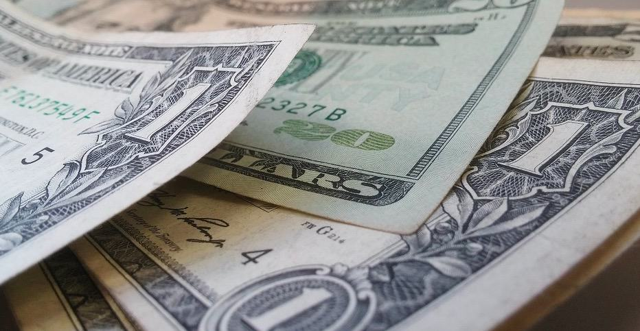 Czy warto korzystać z płatnych typów?